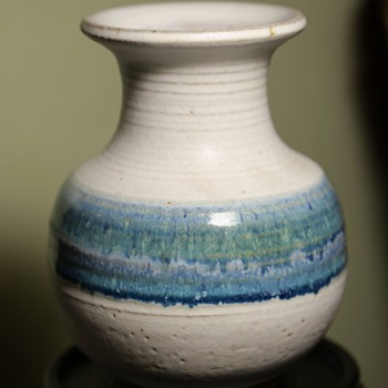 The most perfect little vase from Goodwill - Pottery