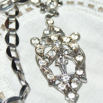Rhinestone Vintage Necklace - Costume Jewelry