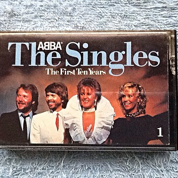 1982-pop groups-abba-the first 10  years-tape cassette.