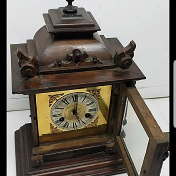 Hac mantle clock - Clocks