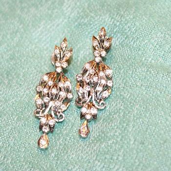 Vintage Art Deco (?) Dangle Earrings - Costume Jewelry
