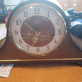 Necor clock