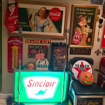 1960s lighted Sinclair station sign  - Petroliana