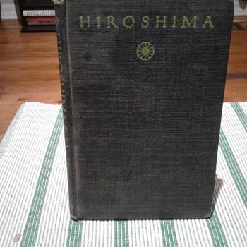 Hiroshima Book - Books