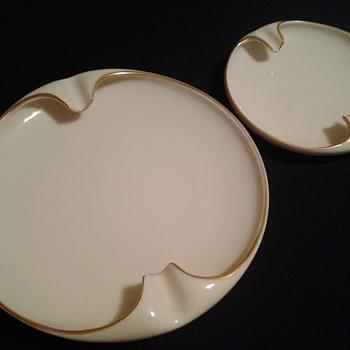 Set of Lenox ashtrays - Tobacciana