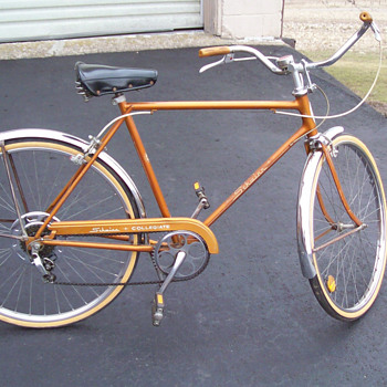 1965 Schwinn Collegiate - Sporting Goods