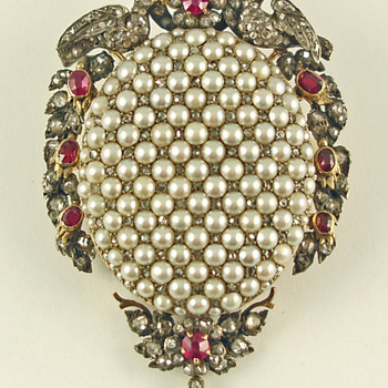 Victorian Pendant with Pearls and Diamonds - Fine Jewelry