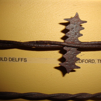 """ROOSTER COMB"" BARBED WIRE - Tools and Hardware"