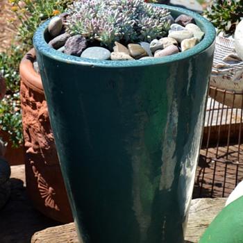 Large Floor Planter - Gladding McBean? Garden City? - Pottery