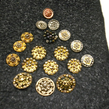 More cut steel buttons - Sewing