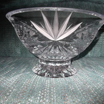 Footed Bowl - Glassware