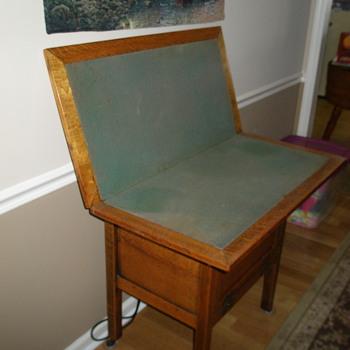 Oak fold out card table - Furniture