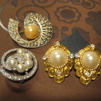 Pearls, Pearls all Faux - Costume Jewelry