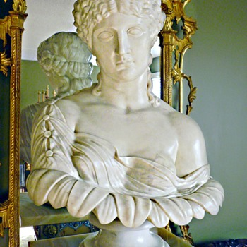 Clytie, Also Called Clytemnestra, Marble bust, 1870, Skinner Auctions, Boston