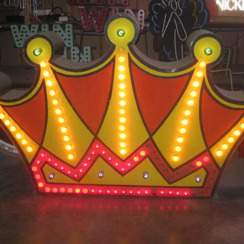 Vintage 1950's DOUBLE SIDED CROWN Lighted Sign / RARE Art Piece! - Antique - Signs