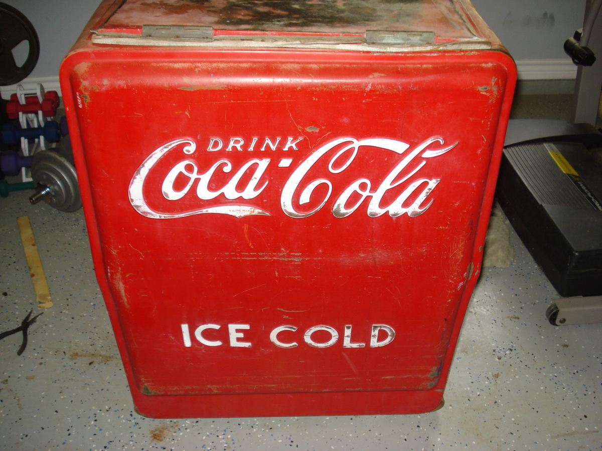 dating coca cola coolers Antique coke bottles one of the most popular soda bottles to collect is coca cola, called coke for short  dating: links.