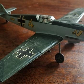 Vintage WW2 built model - Messerschmitt? - Military and Wartime