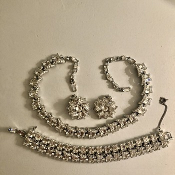 Need help identifying designer? - Costume Jewelry