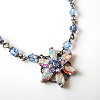 Aurora Borealis star flower prong setting crystal blue necklace - Costume Jewelry