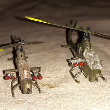 Bachmann Mini-Planes Bell AH-1 Cobra Helicopter Part 2 - Toys