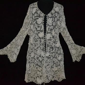 Exquisite Antique Victorian Edwardian Irish Crocheted Lace Jacket