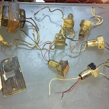 old GENERAL ELECTRIC 'low-voltage' home lighting control parts - Electronics