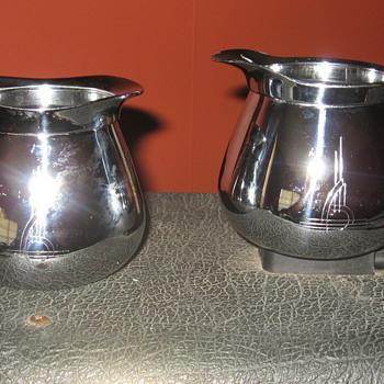 Sunbeam Creamer and Sugar Bowl - Art Deco
