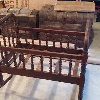 Antique Cradle - Hand or Machine made - Furniture
