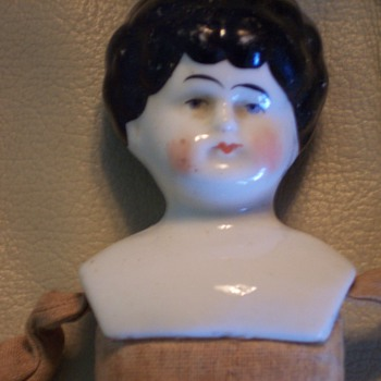 Any information on this doll? - Dolls