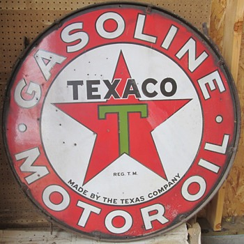 Texaco Sign plus Salt & Pepper shakers
