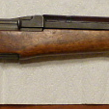 Springfield Armory M1 Garand made in June 1943 - Military and Wartime