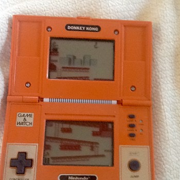 1982 nintendo donkey kong game & watch