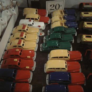 Dime store vintage cars... - Toys