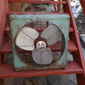 Vintage Eskimo Box Fan Late 1950s to Early 1960s - Tools and Hardware
