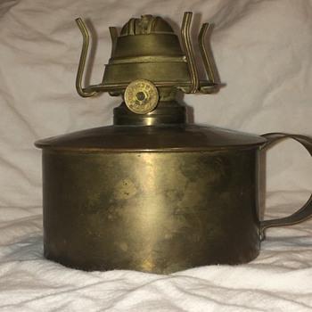W. B G Brass oil lamp. Not just the burner but an actual original lamp with brass reservoir   - Lamps