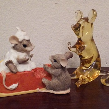 Charming Tails mice figure, Pilgrim Glass mouse - Art Glass