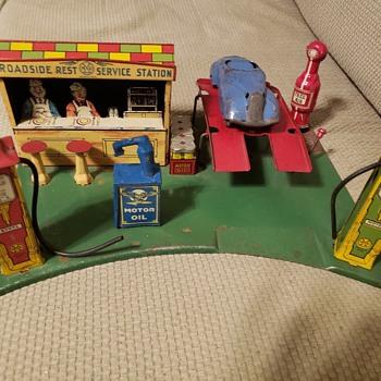 Marx Roadside Service - Toys