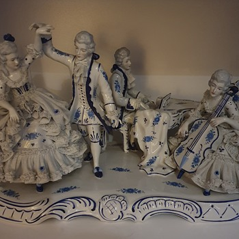 Dresden Lace - Figurines