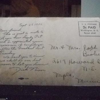 Richard Nixon and family postcard - Postcards