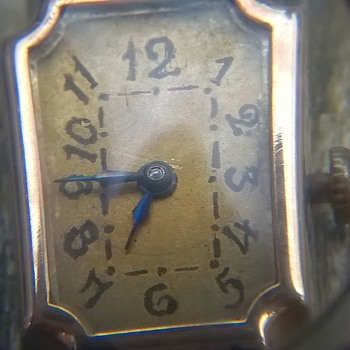 Peculiar Art Deco 585/14K Gold Swiss Watch Flea Market Find 1 Euro/$1.11 - Wristwatches