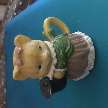 Please help identify these - Figurines