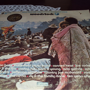 ALBUM COVER  AND INSIDE ARTWORK WOODSTOCK    - Music Memorabilia