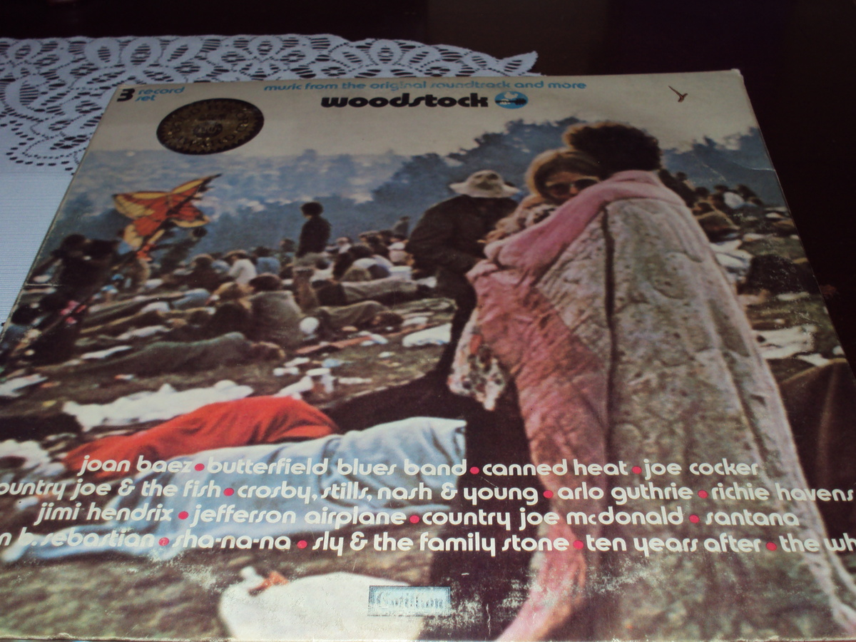 ALBUM COVER AND INSIDE ARTWORK WOODSTOCK | Collectors Weekly
