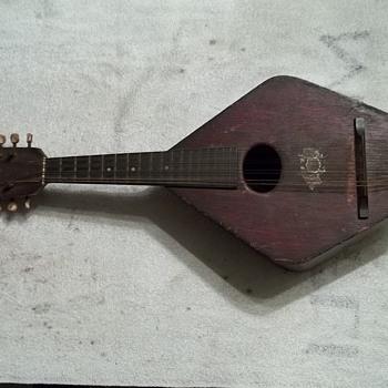 ukulele? mandolin, guitar? - Musical Instruments