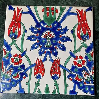 Made in Italy Modern Tile based on an Iznik via William Morris - Pottery