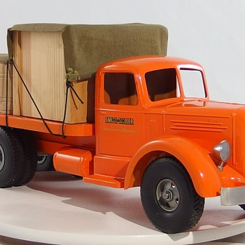 Smith Miller Orange Materials Truck - Model Cars
