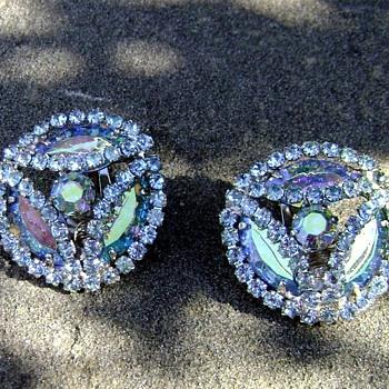 Vintage Earrings - Carnival - Costume Jewelry