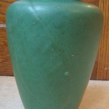 Early Pottery vase - Pottery