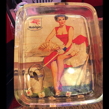 1940's Pinup Mobilgas Socony-Vacuum Advertising Glass Tray - Petroliana