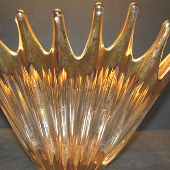 Vintage Gilded glass bowl  - Art Glass